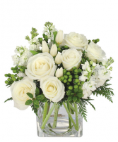 Elegant Holiday Florist Choice Bouquet