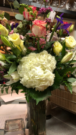 Elegant Hydrangea  in Deridder, LA | PRETTY THINGS & GIFTS FLORIST