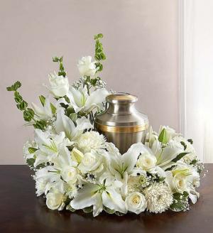 Elegant Love All White Memorial in Springfield, MO | FLOWERAMA #226