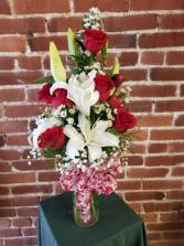 Elegant Love Vase