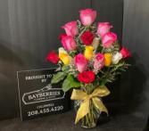 Elegant Mixed Rose Bouquet 18 Rose Arrangement