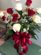 Elegant red and white roses Vase Arrangement