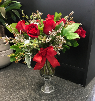 Elegant Roses Everyday