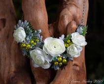 Elegant & Unique Floral Necklace