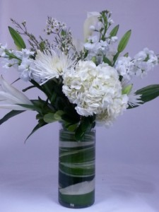 Elegant white bouquet in coral springs fl hearts flowers of seasonal spring flowers elegant white bouquet mightylinksfo