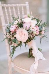 Elegant White Bridal Bouquets
