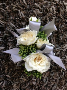 Elegant White pin-on corsage