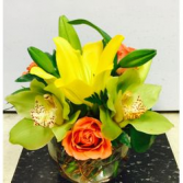 Elegantly Spring fresh arrangnment