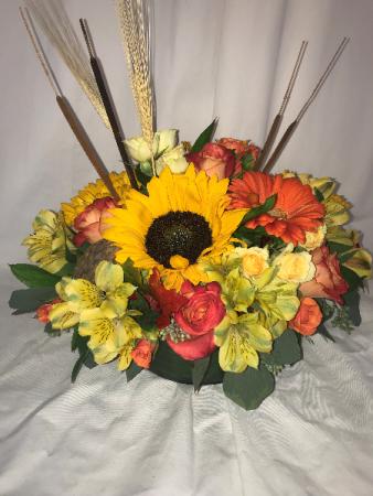Elegent Autumn Centerpiece Thanksgiving