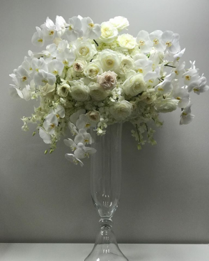 Elevated Centrepieces   in Oakville, ON | ANN'S FLOWER BOUTIQUE-Wedding & Event Florist