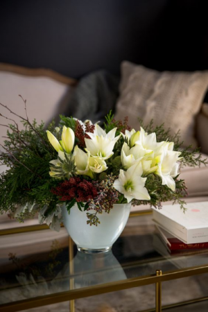 Embrace   in Oakville, ON | ANN'S FLOWER BOUTIQUE-Wedding & Event Florist