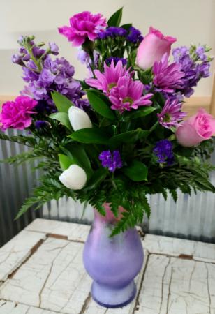 Enchanted Bella Vase Beautiful Floral in Bella Vase