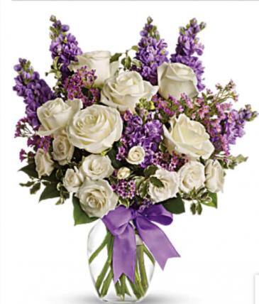 Enchanted Cottage Fragrant Bouquet