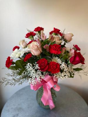 Endless Romance  in La Grande, OR | FITZGERALD FLOWERS