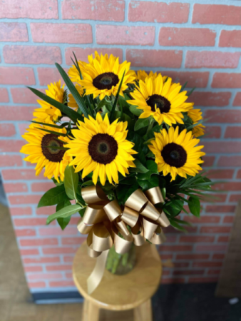 Energetic Sunflower Bouquet
