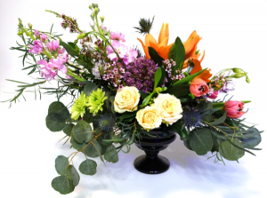 English Garden Container Arrangement in Invermere, BC | INSPIRE FLORAL BOUTIQUE