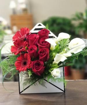 Envelope of Roses Envelope in Fairfield, CA   TERESITA FLORAL CREATIONS