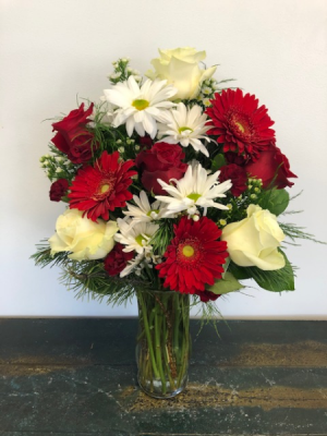 Epic Christmas  Vase Arrangement in Bluffton, SC | BERKELEY FLOWERS & GIFTS