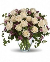 24 White Roses Bqt.compact