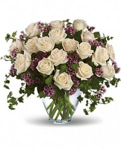 24 White Roses Bqt.compact