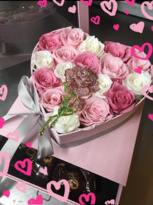 Eternal forever Preserved Rose Jewelry Hat Box   Roses last more than 1 year !!  in Ozone Park, NY | Heavenly Florist