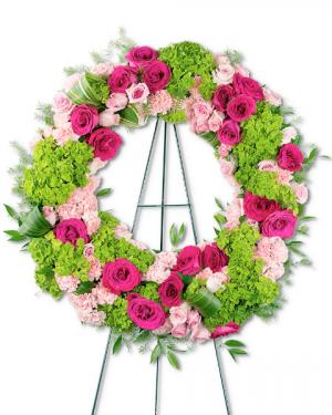 Eternally Grateful Wreath Sympathy in Nevada, IA | Flower Bed