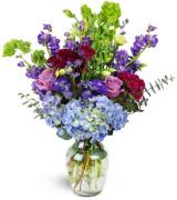 European Garden - 827 Vase arrangement