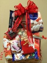 EUROPEAN GOURMET BASKET Gift Basket