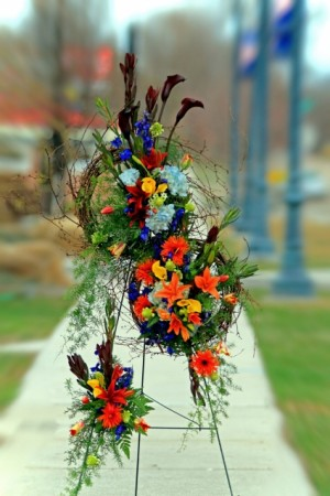 everlasting easel spray in Caldwell, ID | Bayberries Flowers & Gifts