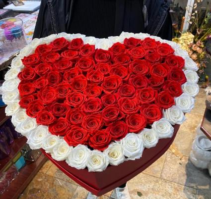 Everlasting Real Roses Heart Box WOW arrangement