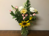 Everything Under the Sun Birthday Arrangement in Provo, Utah | WEDDINGS & INTERIORS + FLORAL BY JE DESIGNS