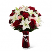 Express your love romantic vased arrangement