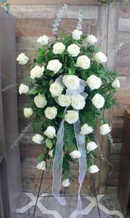EXQUISiTE WHITE ROSES
