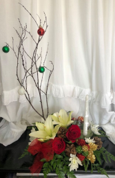 Extravagant Holiday Centerpiece Christmas