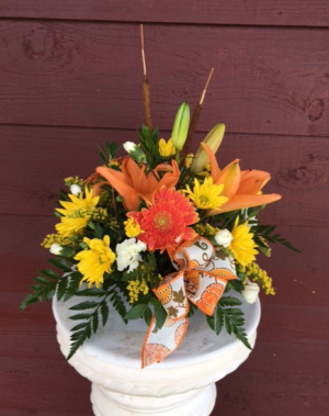 Fall Blooms Centerpiece in Marysville, WA | What's Bloomin' Now Floral