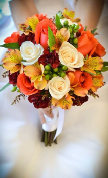 FALL FESTIVE BRIDLE BOUQUET