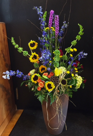 Colorful Memory Fresh Flowers in Fowlerville, MI | ALETA'S FLOWER SHOP