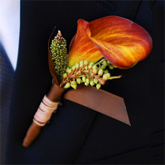 fall in love boutonniere