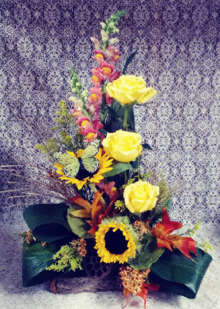 Fall Log Floral Design