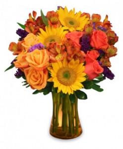 Roses and Sunflowers Vase Arrangement in Bethel, CT | BETHEL FLOWER MARKET OF STONY HILL