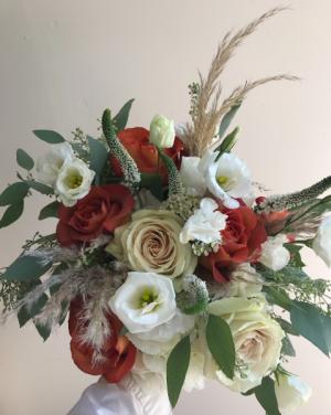 Fall Wisp cut bouquet or vase arrangement in Northport, NY | Hengstenberg's Florist