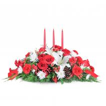 Family Gathering Table Christmas Centerpiece