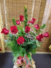 Fancy Valentine's Red Rose Arrangement