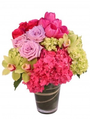 Fandango Pink Arrangement in Oakville, ON | IN 2 FLOWERS DESIGN STUDIO