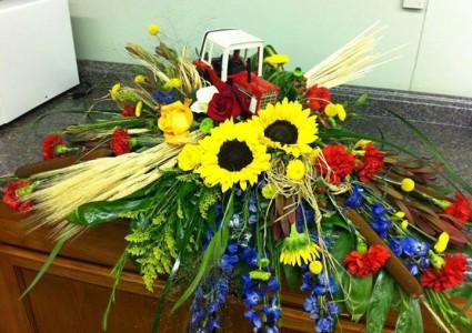 Farmer Floral Tribute Casket spray
