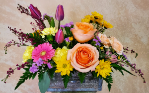 Farmhouse Blooming Drawer Arrangement in Tillamook, OR   ANDERSON FLORIST
