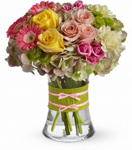 Fashionista Blooms  Floral Arrangement (T155-1A)