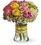 Fashionista Blooms Roses Hydrangea and Mix