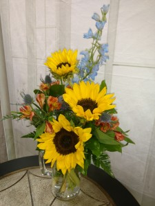 Father's Choice  Beer Mug Arrangement in Bend, OR | AUTRY'S 4 SEASONS FLORIST