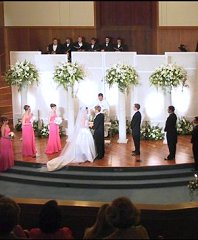 Altar/Pedestals/Columns Wedding Ceremony Flowers in Bracebridge, ON | CR Flowers & Balloons ~ A Bracebridge Florist